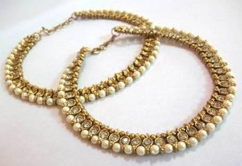 Golden pearl anklet