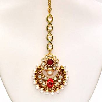 Anvi's chand design maang tikka with rubies