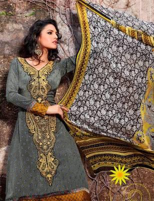 Elegant Aesthetic Karachi Heavy Embroidery Crepe Salwar Kameez 5402B