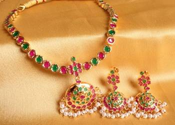 BEAUTIFUL SEMI PRECIOUS RUBY EMERALD SOUTH INDIAN STYLE NECKALCE SET-DJ00431