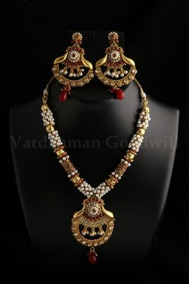 exclusive polki jaipuri necklace with earrings