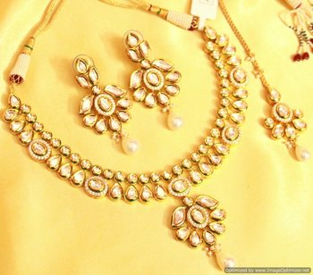 Kundan Meenakari Bridal Necklace Set
