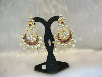 Design no. 6B.2794....Rs. 3550