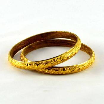 gold platted bangles size2.4