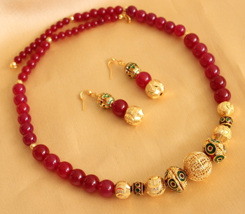 Lovely Handmade Red Beaded Necklace Set