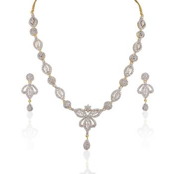 Heena Trendy  floral shape necklace set
