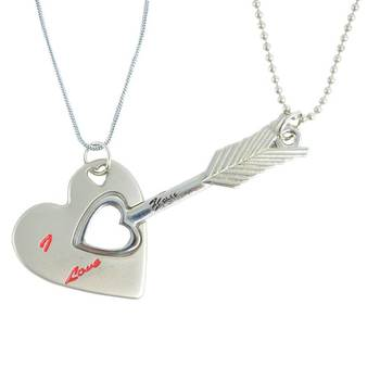 "Diovanni Friendship Pendants ""ARROW TO MY HEART"" with dual chain Locket"