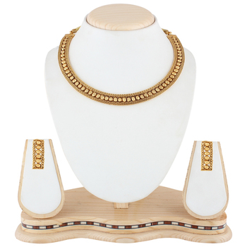Delicate Golden South Indian Necklace Set Jewelry