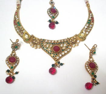 Traditional Necklace 2