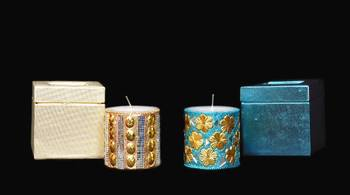 Combo box of Golden and Blue candles