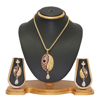 Jewellery Ethnic Designer Pendant Jewellery Set