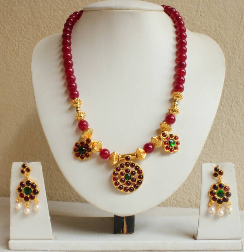 632aee7bd4275 Beautiful ruby designer unique temple necklace set