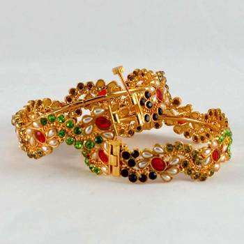 Micro Gold Platted Skrew System Polky Stone Bangles
