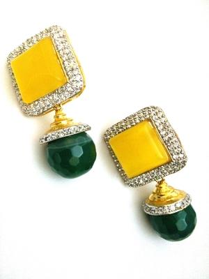 Yellow Green Diamond Earring