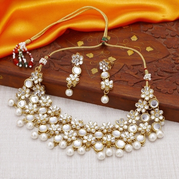 Floral Gold Plated Kundan Necklace Set for Women