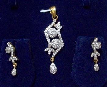Shining ad-cz pendant set 18