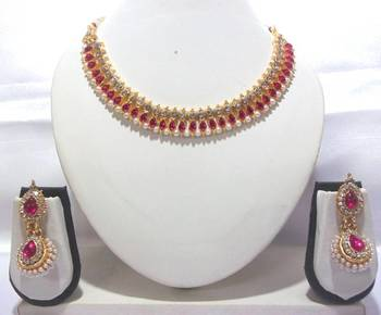 Dark pink gota necklace set