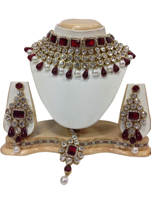 red and white necklaceset