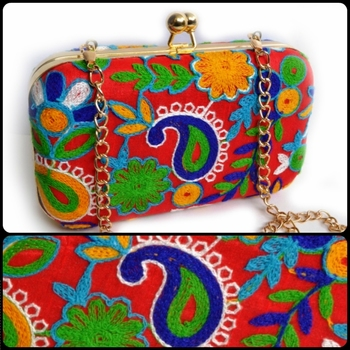 Multicolor clutches embroidered