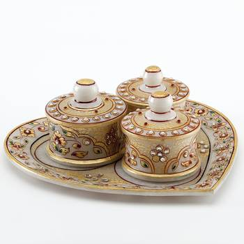 Marvel In Marble - Heart Shaped Utility Tray Set With Embossed Gold_78