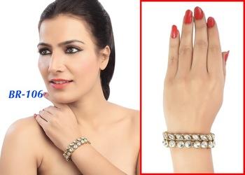Elegant Kundan Design Party Wear With Gold Finishing Bracelet