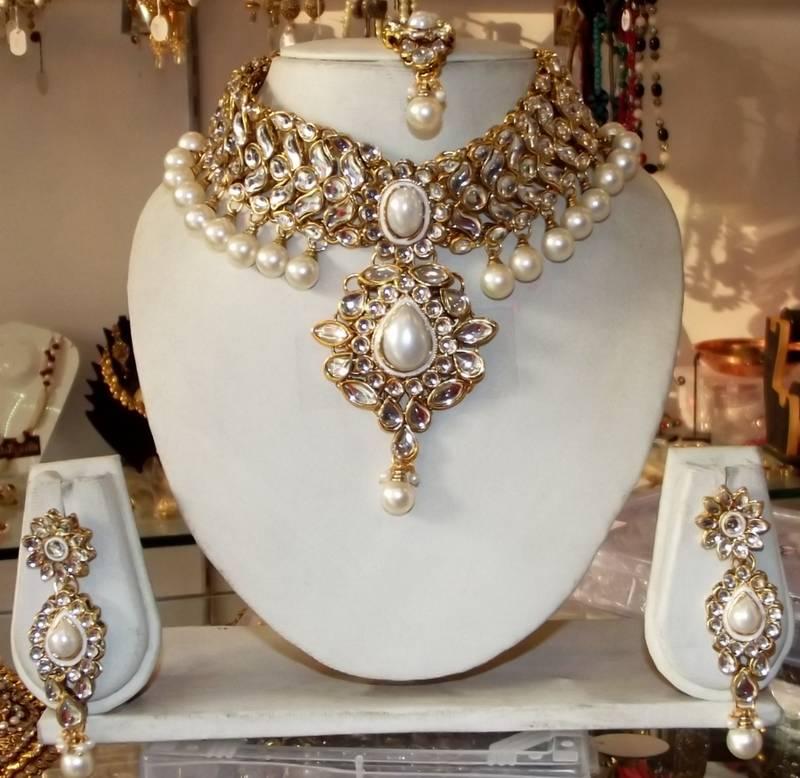 Buy White Kundan Pearl Drop Choker Necklace Earring Tika