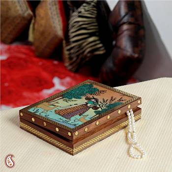 Artistic Gemstone Jewel box