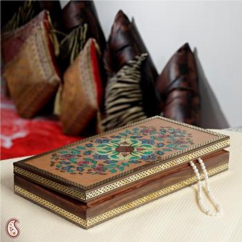 Finely designed Gemstone Jewel box