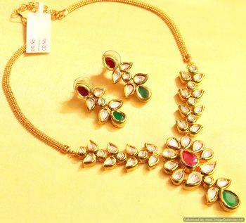Kundan Meenakari Ruby Elegant Necklace Set
