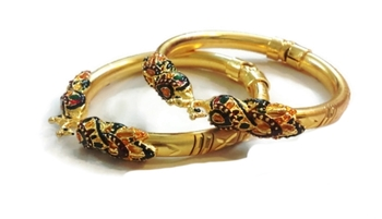Divinique Peacock design gold plated bangles
