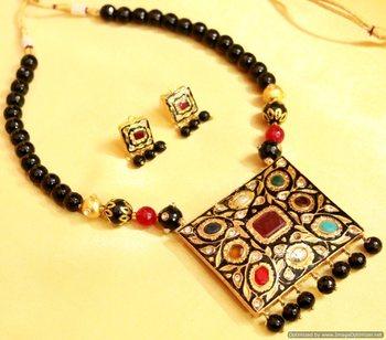 Black Onyx Navratan Necklace Set