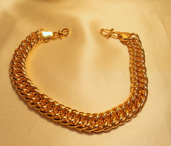 gold plated royal all day men braclet