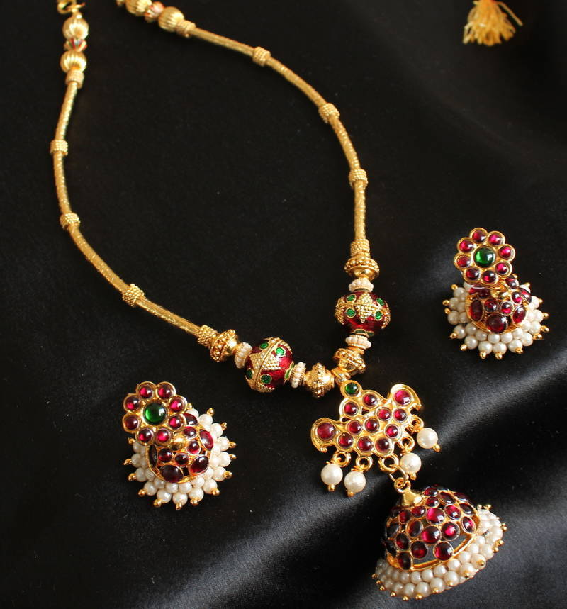 Quirky Gifts Happy Home Decor Now Online In India: Buy STUNNING UNIQUE TEMPLE JEWEL JHUMKKA PENDANT TEMPLE