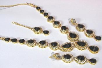 Black Tilak stone Necklace set