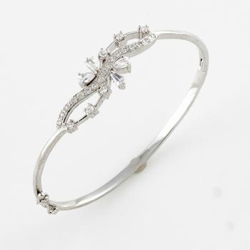 Designer Silver Rhodium Bracelet With American Diamonds
