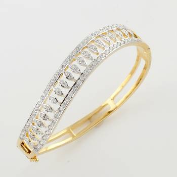 Handcrafted Bracelet With Finely Cut Zirconia