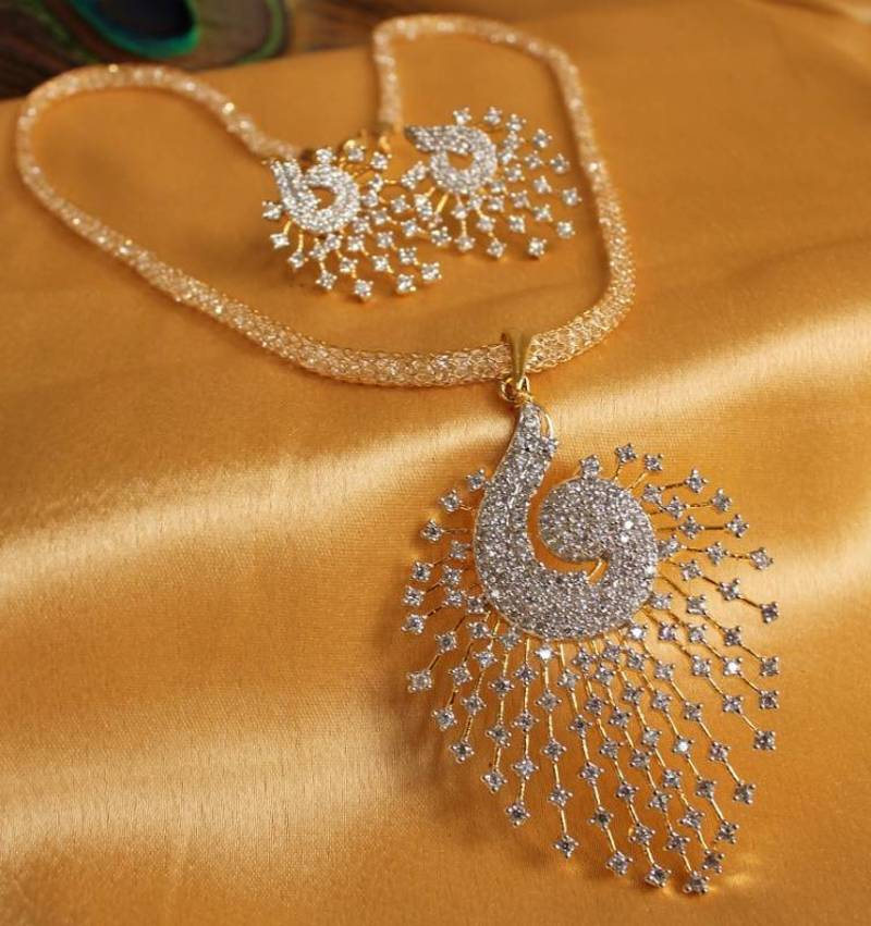 Buy Gorgeous Royal Cz Peacock Pendant Set With Zircon