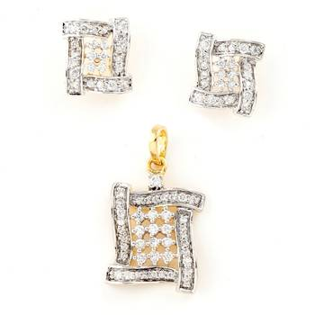 Oriental Design Pendant Set Studded With American Diamonds