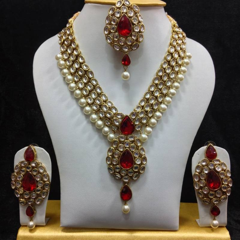 Buy Dazzling Kundan Set In White And Red With Pearls Online