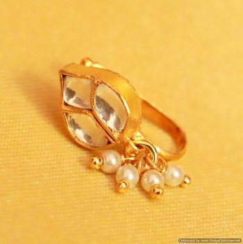 Kundan  And  Pearl Marathi Nose Ring