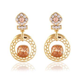 Stunning Designer Gold Finishing Dangle Earrings In Golden
