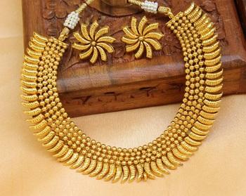 Gorgeous Designer Gold Plated  Necklace Set