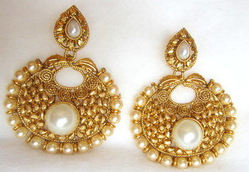 Earrings Dangler Gold Plated White Pearl