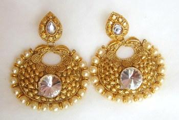 Earrings Dangler Gold Plated White Stone Pearl