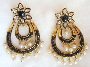 Earrings Black Gold Plated Dangler Pearl Drops