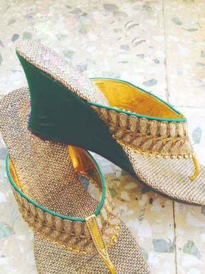 green plain jute footwear