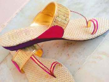gold plain silk footwear