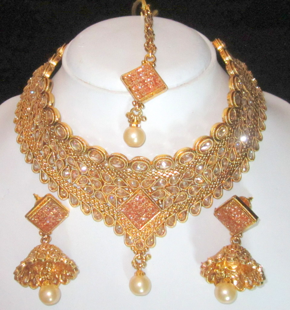 Buy CHOKER NECKLACE SET POLKI GOLD plated TIKA JHUMKA earrings Online