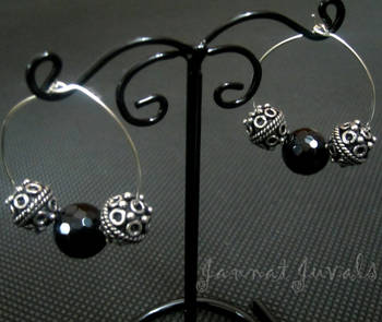 Cute Black & Silver Balls Rings