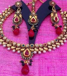Buy Maroon green flower leaf royal garden pearl polki necklace set j30 Necklace online